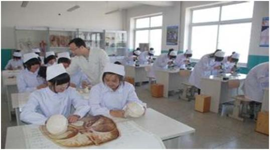 四川省卫生学校的助产专业初中起点怎么样