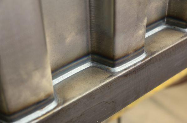 住人集装箱在焊接中出现裂纹的原因及预防措施