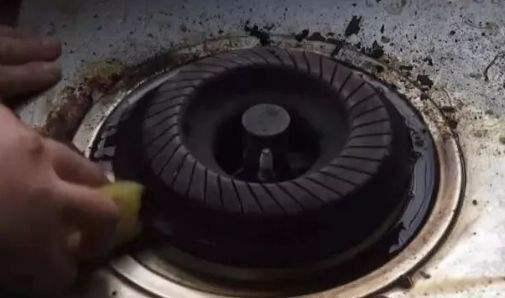 附图:清洁灶台