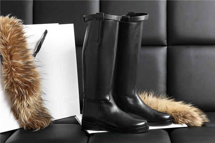 附图:长统靴.jpg