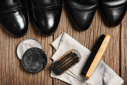 附图:皮鞋油