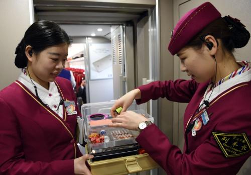 为啥子成都高铁乘务学校毕业生可以顺利就业?