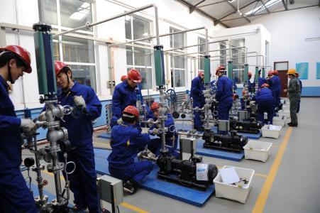 石油化工生产技术专业招生简章