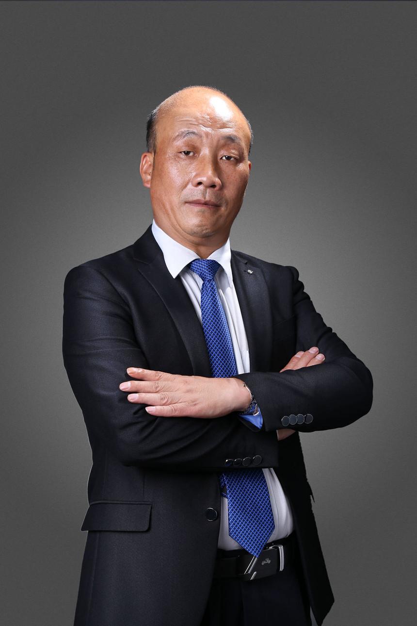 刘永鹏1_副本.jpg