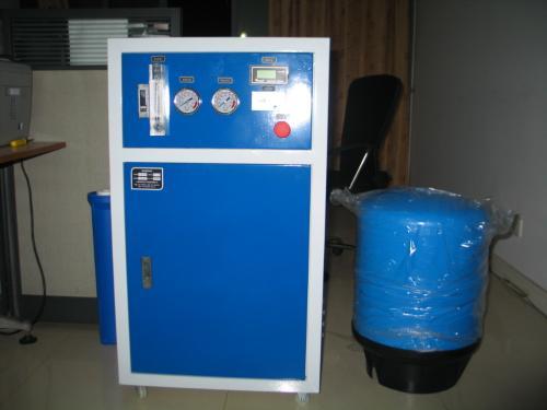 實驗室用超純水設備250L.jpg