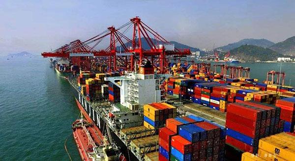 广东推出优化口岸营商环境32条 将规范和降低口岸收费