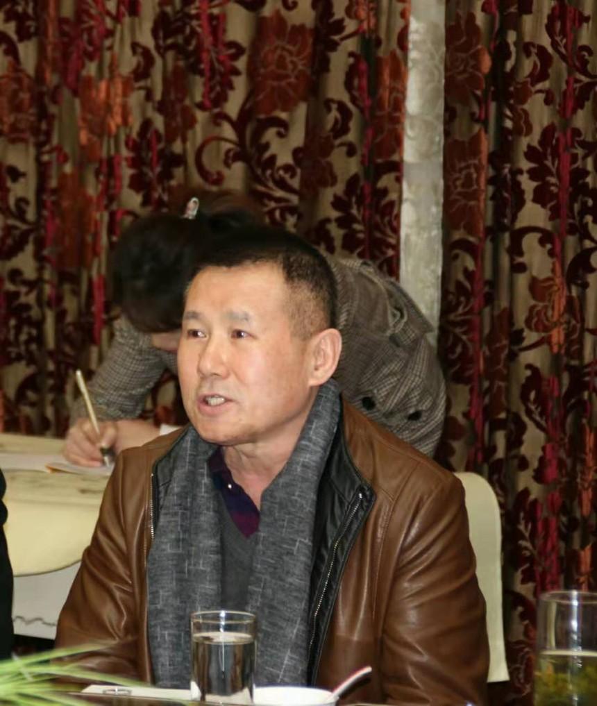 省委宣传部雷锋精神研究会副会长李小舟.jpg