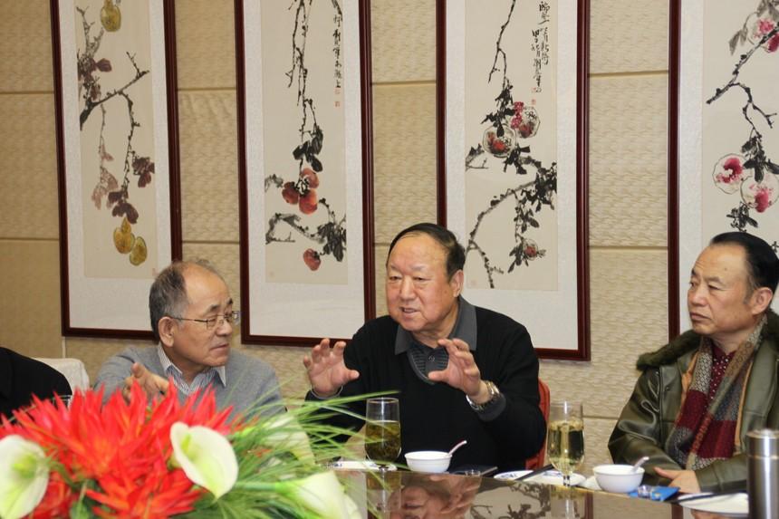 省政府原副秘书长朱宏.JPG