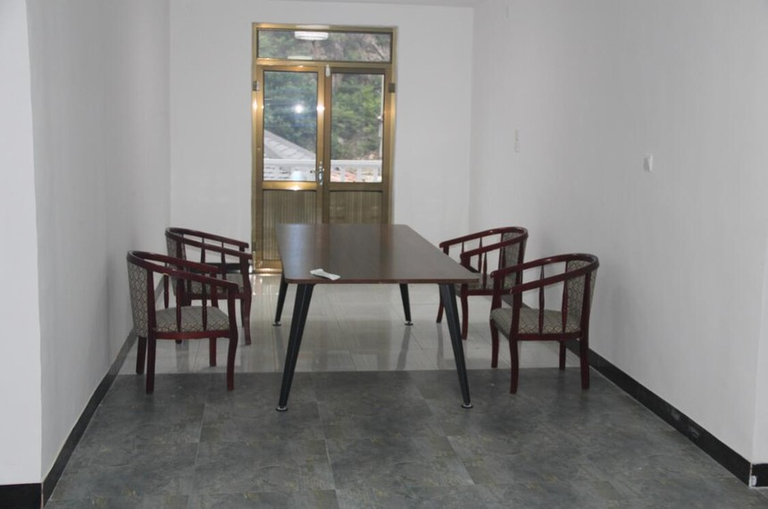 B型二层会议室.JPG