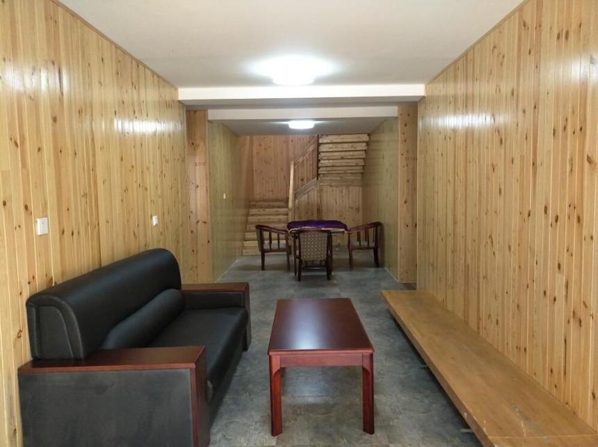 A型别墅客厅.jpg