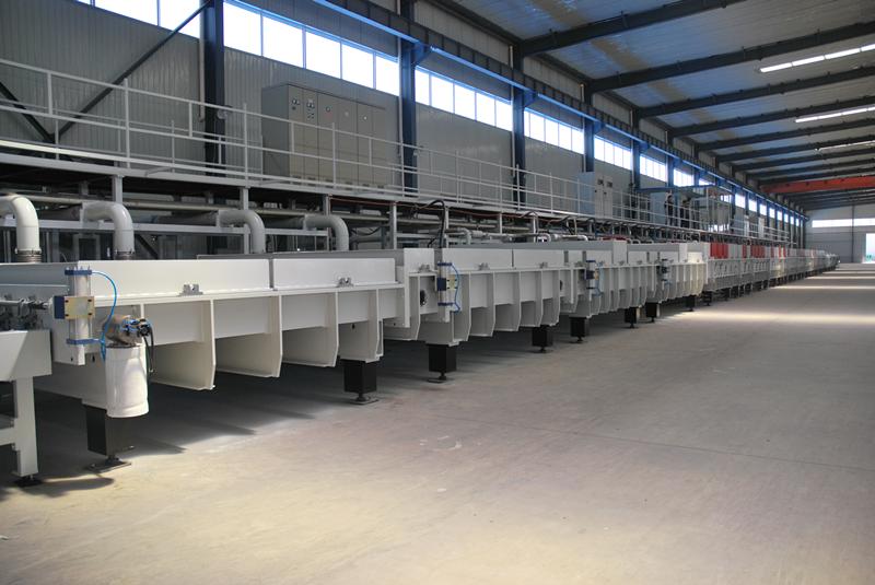 台玻集团120KW中频LOWE玻璃生产线.png