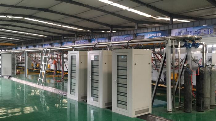 甘肃120KW中频LOWE玻璃生产线.png