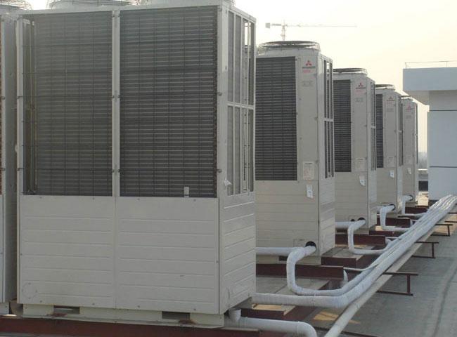 变频多联机空调机组安装.jpg