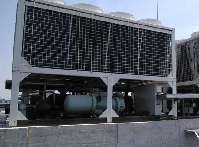 风冷热泵空调机组安装.jpg