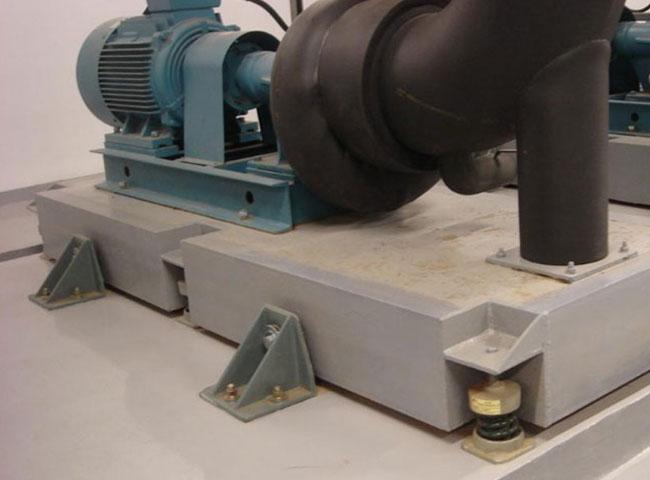 中央空调水系统设备安装.jpg