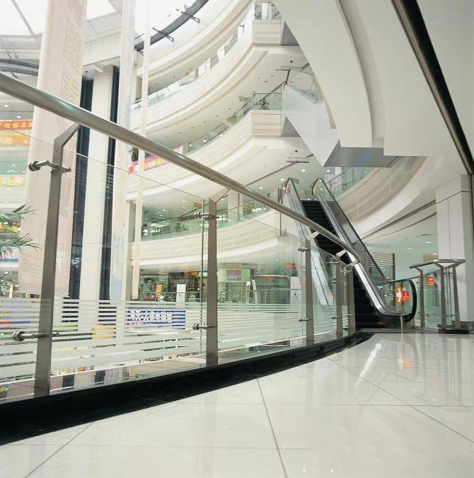 商场玻璃.jpg