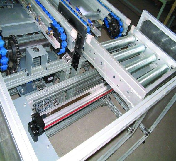 15生产线托盘输送机372.jpg