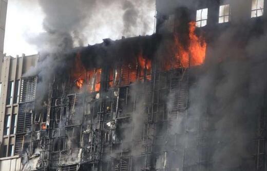 """""""降标""""""""劣质""""保温材料成建筑大火帮凶"""