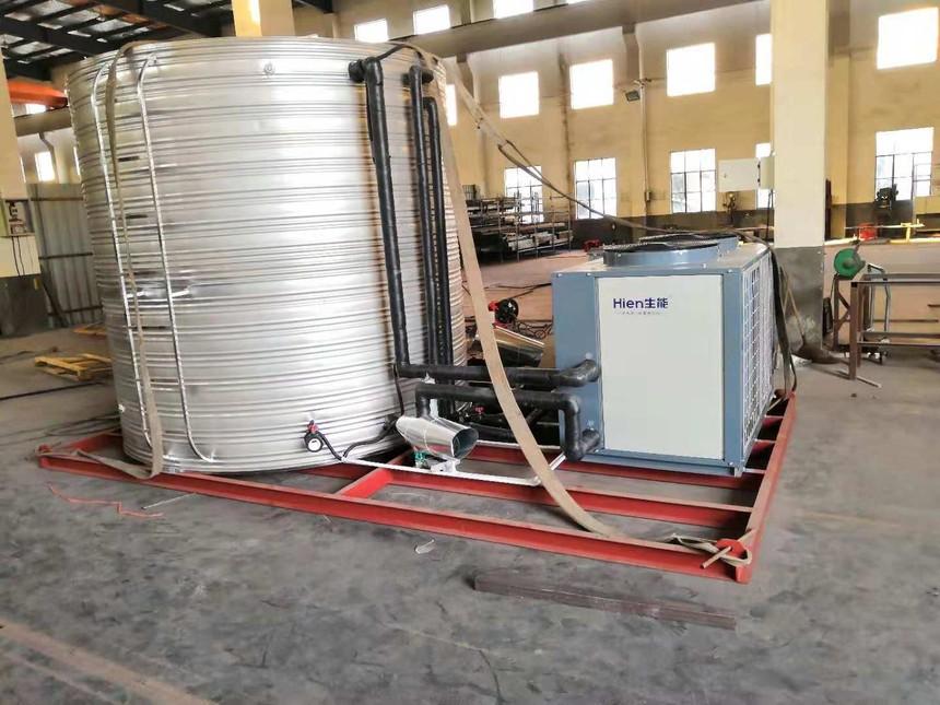 十吨保温水箱与空气能.jpg