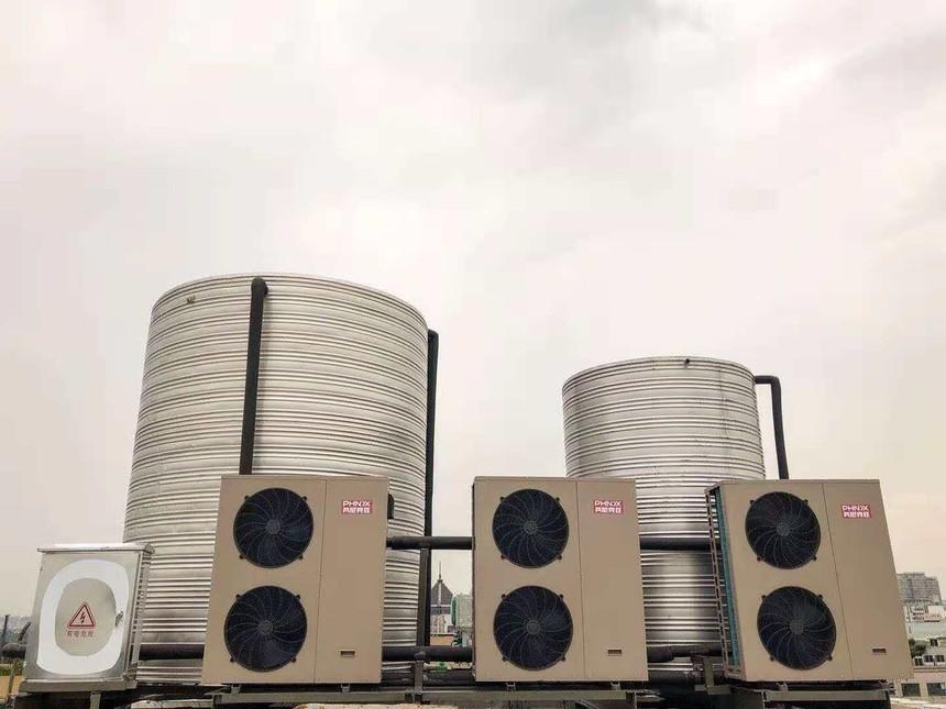 水箱与空气能.jpg