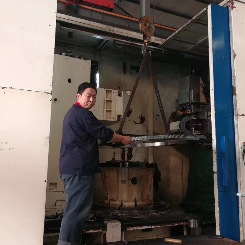 山東大型成型磨齒機