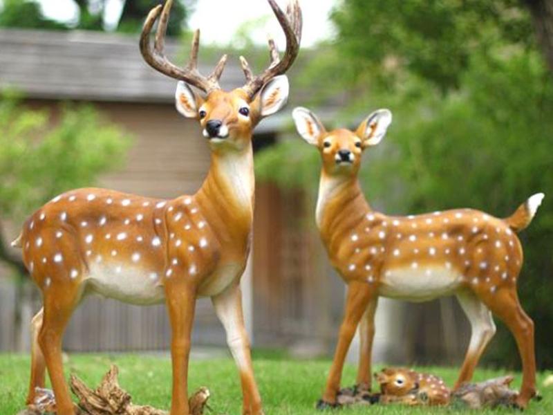 仿真动物鹿玻璃钢雕塑.jpg