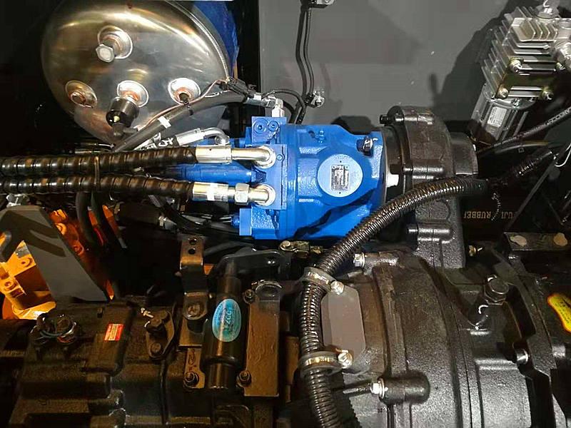 宝鼎轮式80挖掘机进口液压系统
