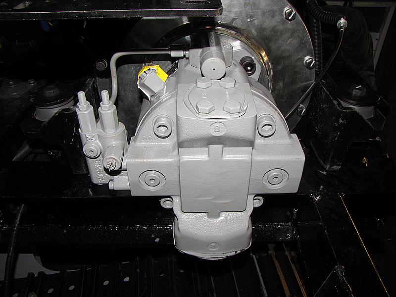 宝鼎挖掘机进口液压主泵保证使用质量