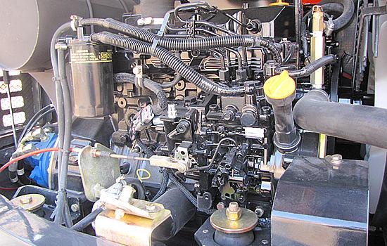 进口洋马发动机组作为动力.jpg