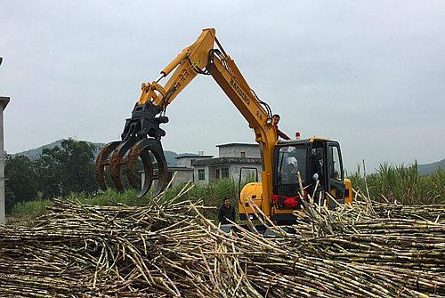 广西抓甘蔗机轮式抓木机