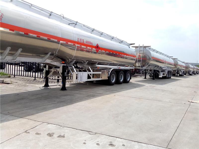 40吨半挂油罐车