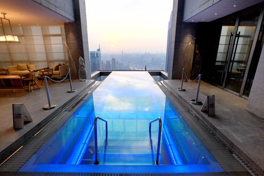 星级酒店娱乐泳池.jpg