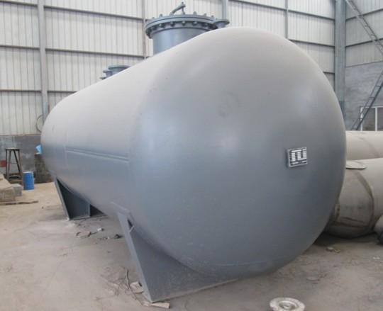 碳钢储罐.jpg