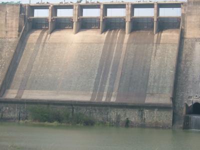 水电大坝抗渗补强加固