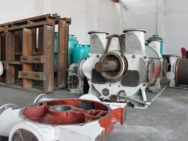 真空泵生产现场