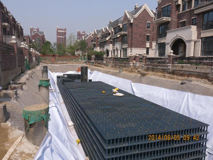 房山區長陽鎮起步區4號地引入模塊式集雨池新技術5.JPG