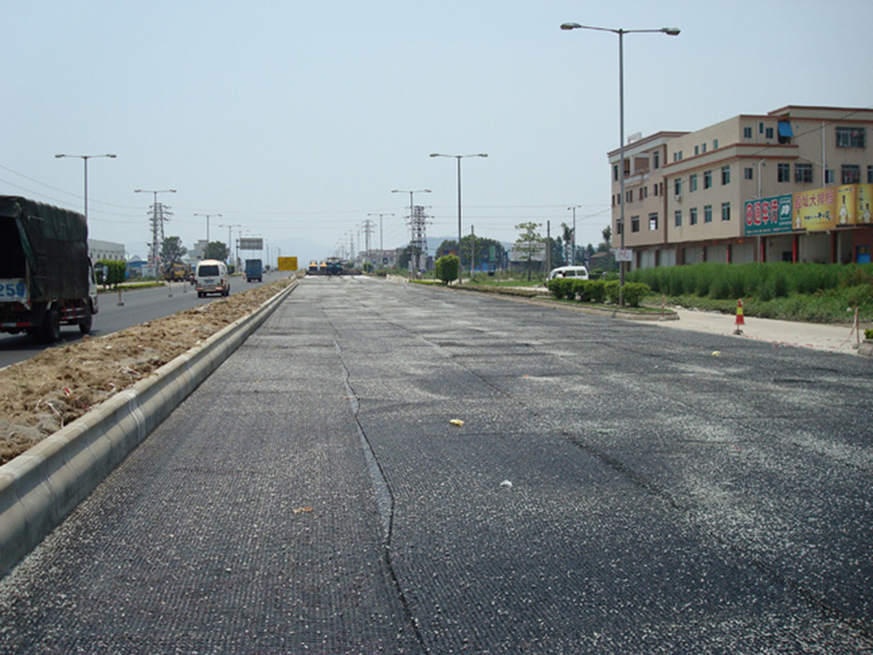 玻纤土工格栅市政路面施工案例