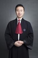 段文超律师袍形象照
