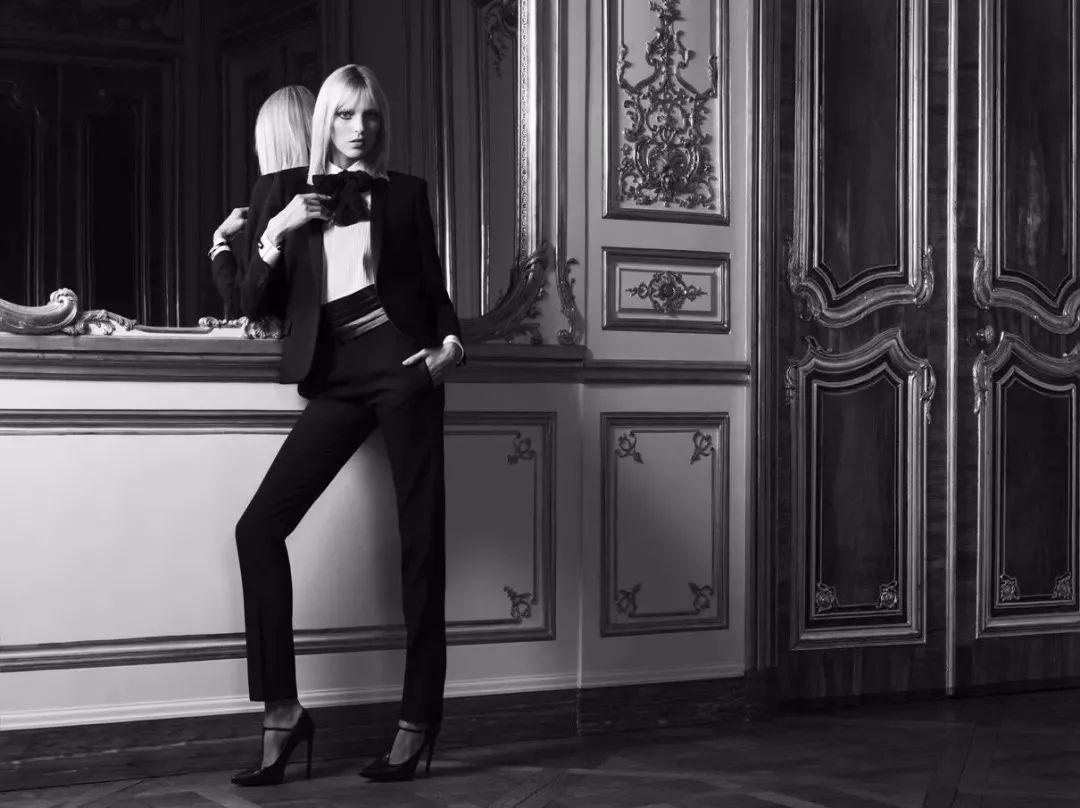 商务套装的流行,是女性力量的迭代觉醒
