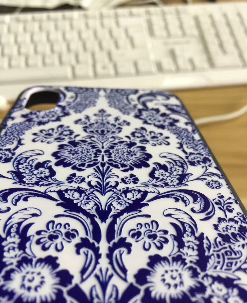uv phone case printer.jpg